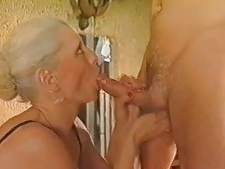 Mature fuck and fist