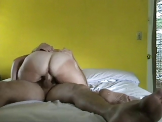 Bigass mature wife riding to orgasm